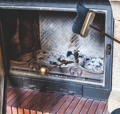 pulizia manutenzione canna fumaria stufe termostufe caminetti modena